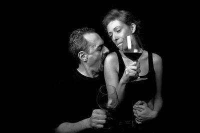 Professional portait photo - Love Relationship Wine Lovers
