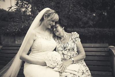 Storytelling emotions on the wedding day