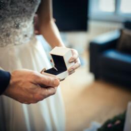 ring_hochzeit_vorbereitung_paar_farbe_deutschland_berlin_wedding_day
