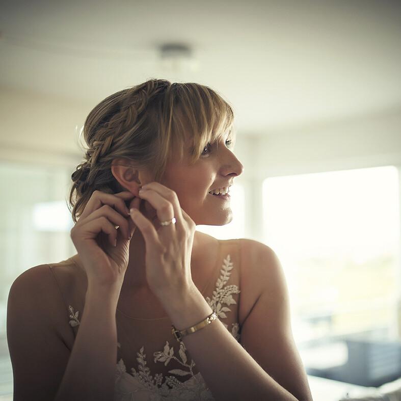 vorbereitung_deutschland_braut_weddingdress_hochzeitsfotograf