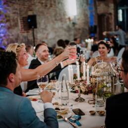 Hochzeitsfeier_Hochzeitsfotograf_Toast