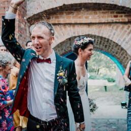 Hochzeitsfotograf_Berlin_Glueckliches_Brautpaar_nach_der_Zeremonie