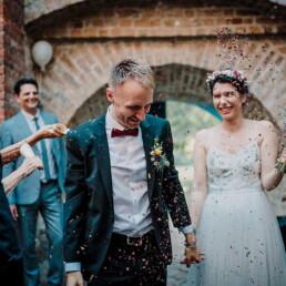 Hochzeitsfotograf_Berlin_Hochzeitsfeier_Glueckliches_Brautpaar