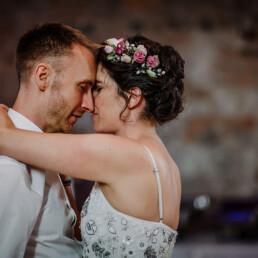 Hochzeitsfotograf_Berlin_Tanz_des_gluecklichen_Brautpaares