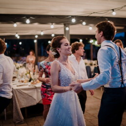 Hochzeitsfotograf_Empfang_Party_Tanz_Brautpaar