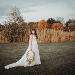 Hochzeitsfotograf_Fotosession_Braut_romatisch_editorial