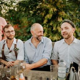 Hochzeitsfotograf_Fotosession_Hochzeitsgaeste_Freunde