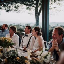 Hochzeitsfotograf_Hochzeitsfeier_Brautpaar_Gaeste_Empfang_Dinner