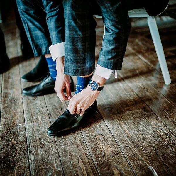 Hochzeitsfotograf_Vorbereitung_Braeutigam_Schuhe