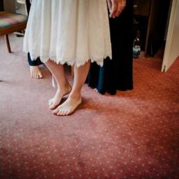 Hochzeitsfotografie_Vorbereitung_Braut_Fuesse