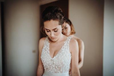 Wedding day bride prepares for the ceremony