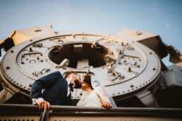 Wedding_photographer_berlin_photosession_bride_and_groom_industrial