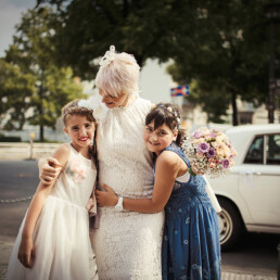 Wedding_photography_after_the_ceremony_bride_with_little_girls
