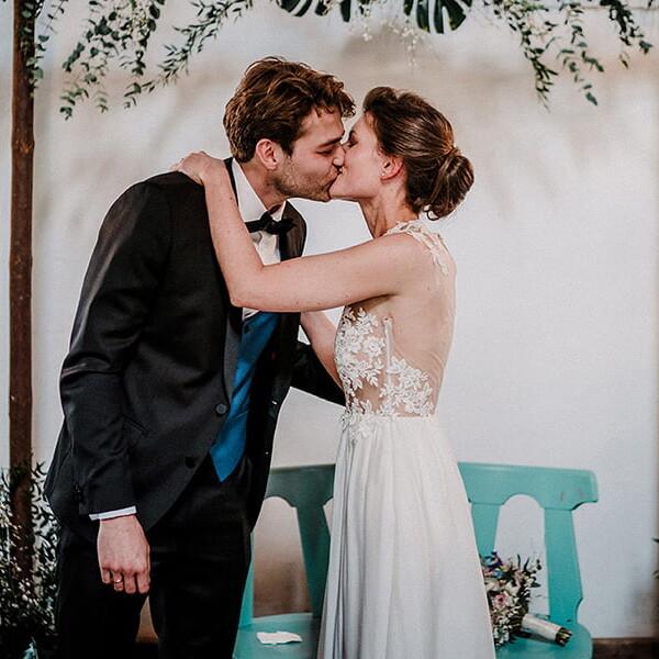 emanuele_pagni_cerimonia_bacio