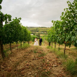 florence_wedding_photographer_wedding_photos_photography_landscape_bride_groom_just_married_italy_tuscany