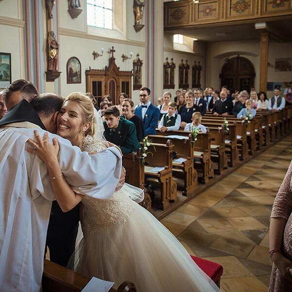 hochzeit_priest_pastor_reportage_wedding_liebe_braut